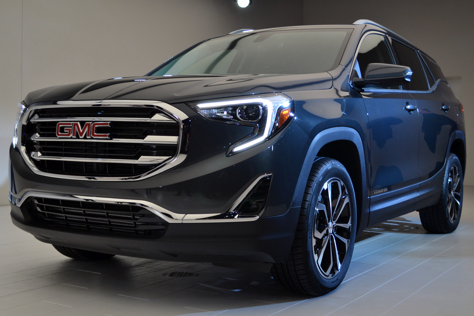 2018 GMC Terrain Diesel:  Review, Price >> 2018 Gmc Terrain Gets 3 Turbo Engine Choices Including