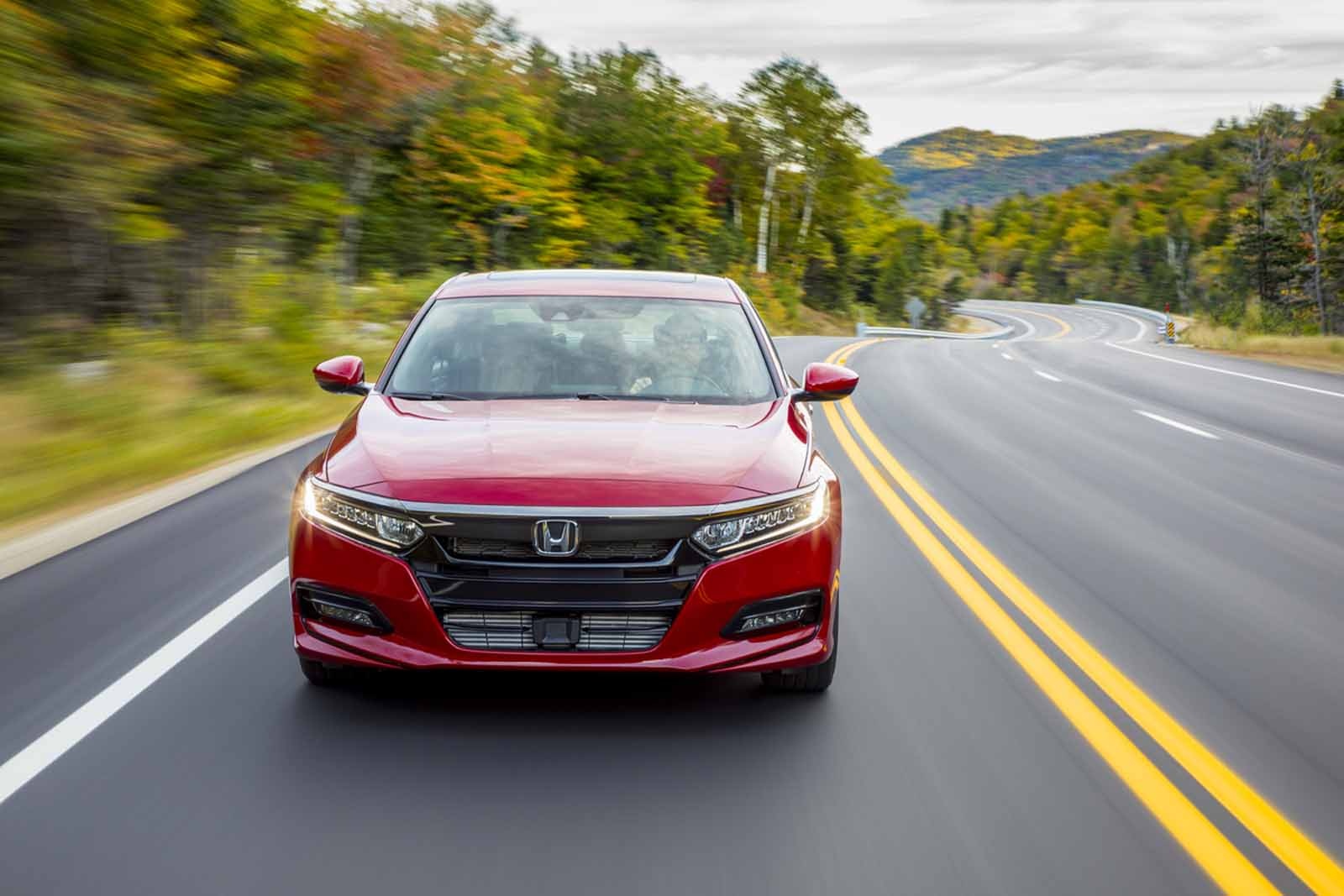 2018 honda accord release date when does the 2018 honda accord go on sale news. Black Bedroom Furniture Sets. Home Design Ideas