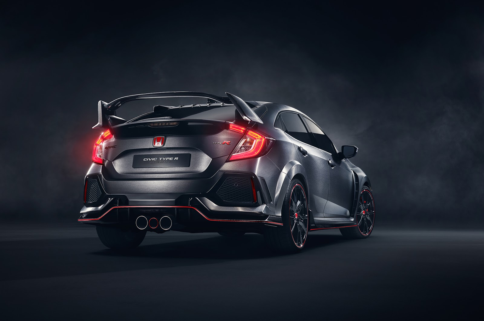 2017 Honda Civic Type R Here S How It Differs From The Prototype