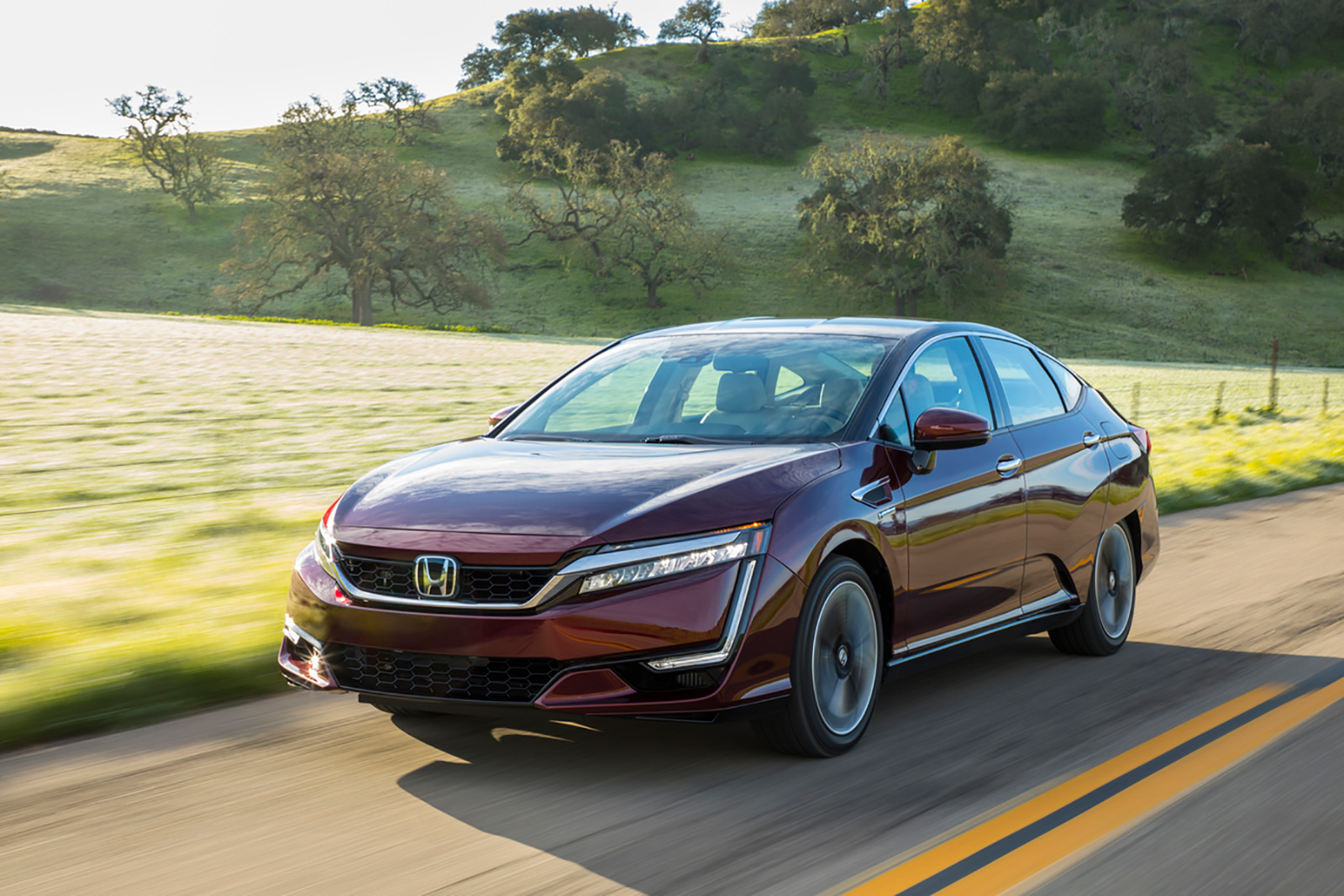 2018 Honda Clarity Fuel Cell Now Available At Select