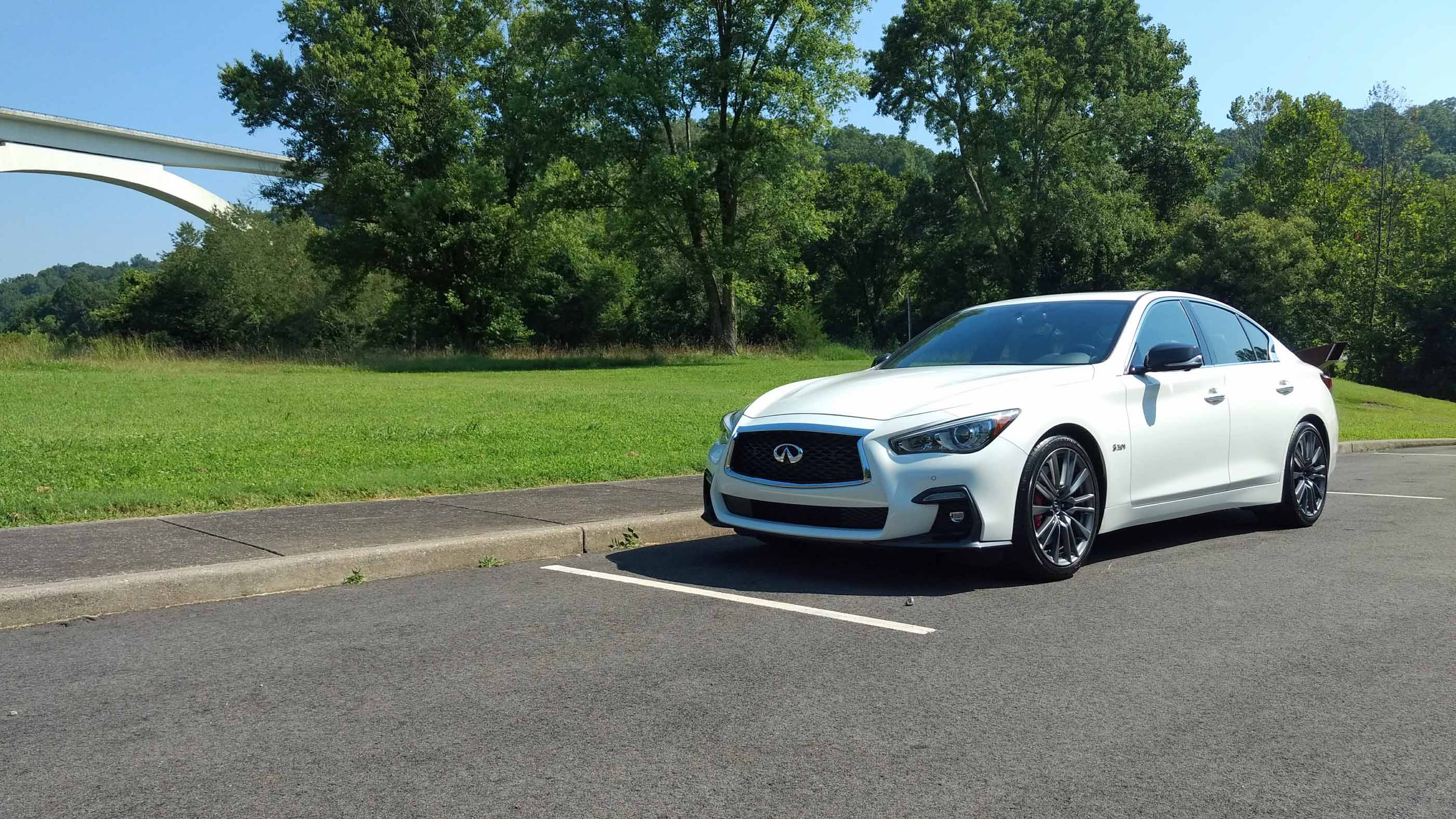 Lexus Is 350 2018 >> 2018 Infiniti Q50 Review - AutoGuide.com
