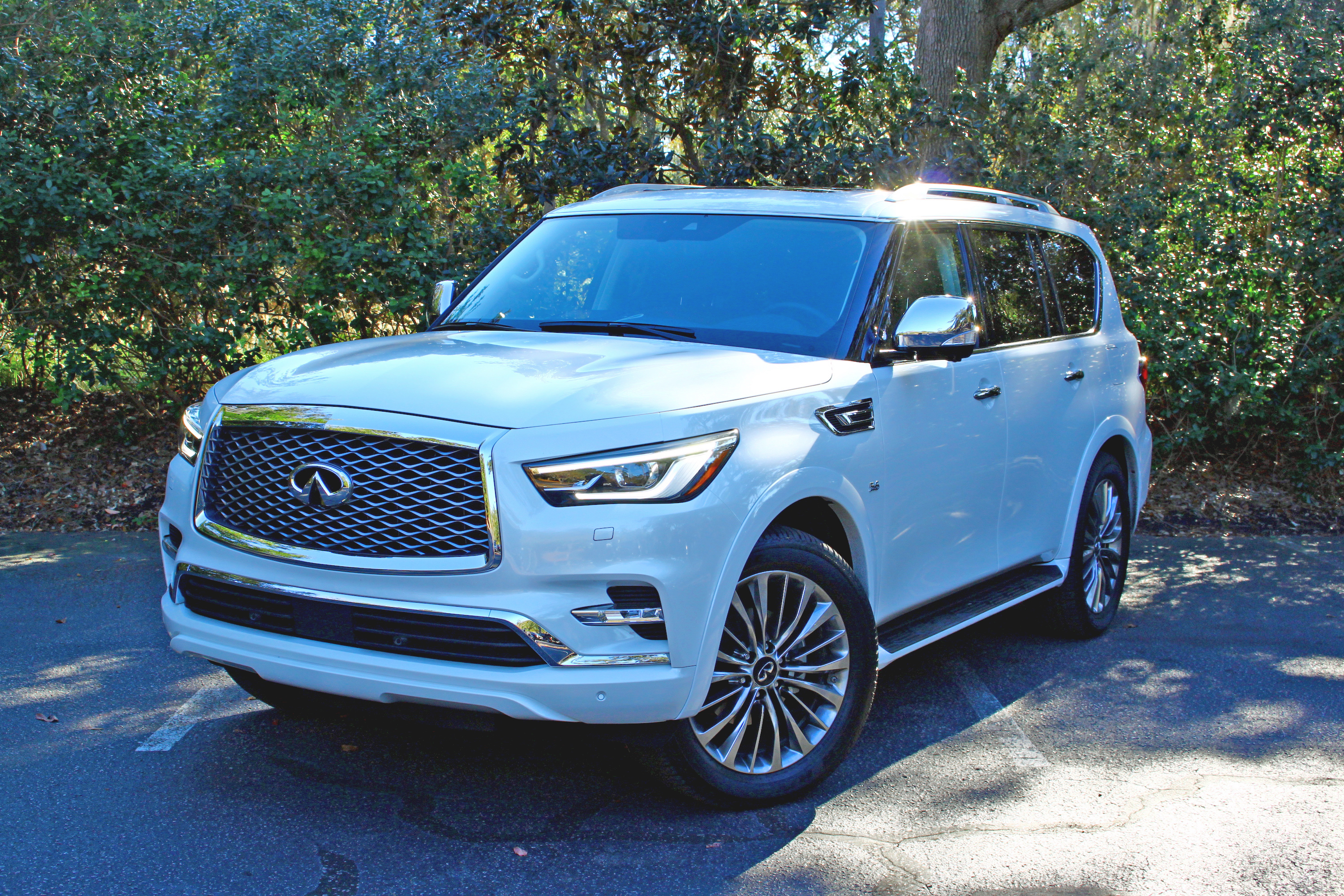 2018 infiniti qx80 review news. Black Bedroom Furniture Sets. Home Design Ideas