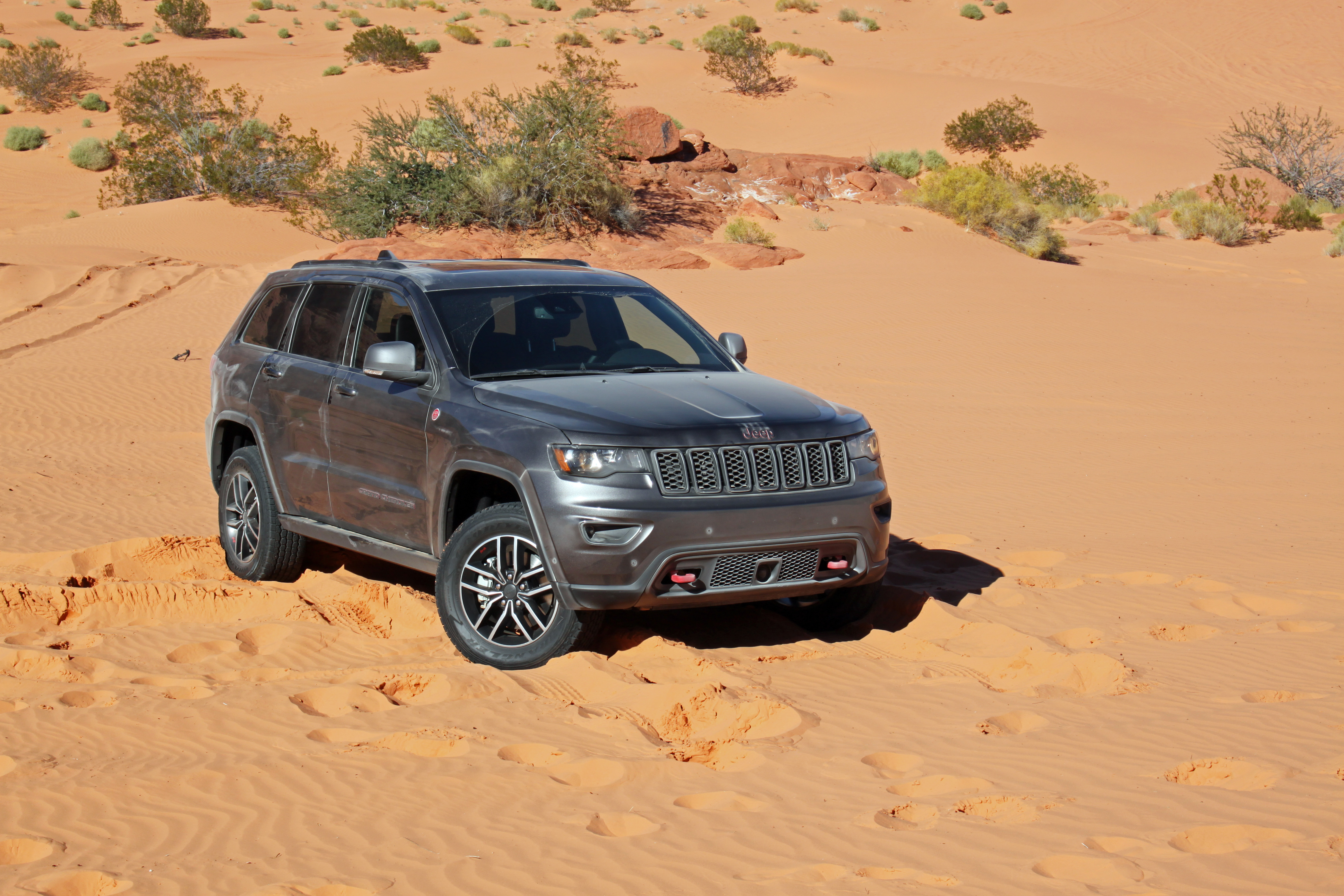 2019 Jeep Grand Cherokee Trailhawk Review - AutoGuide.com