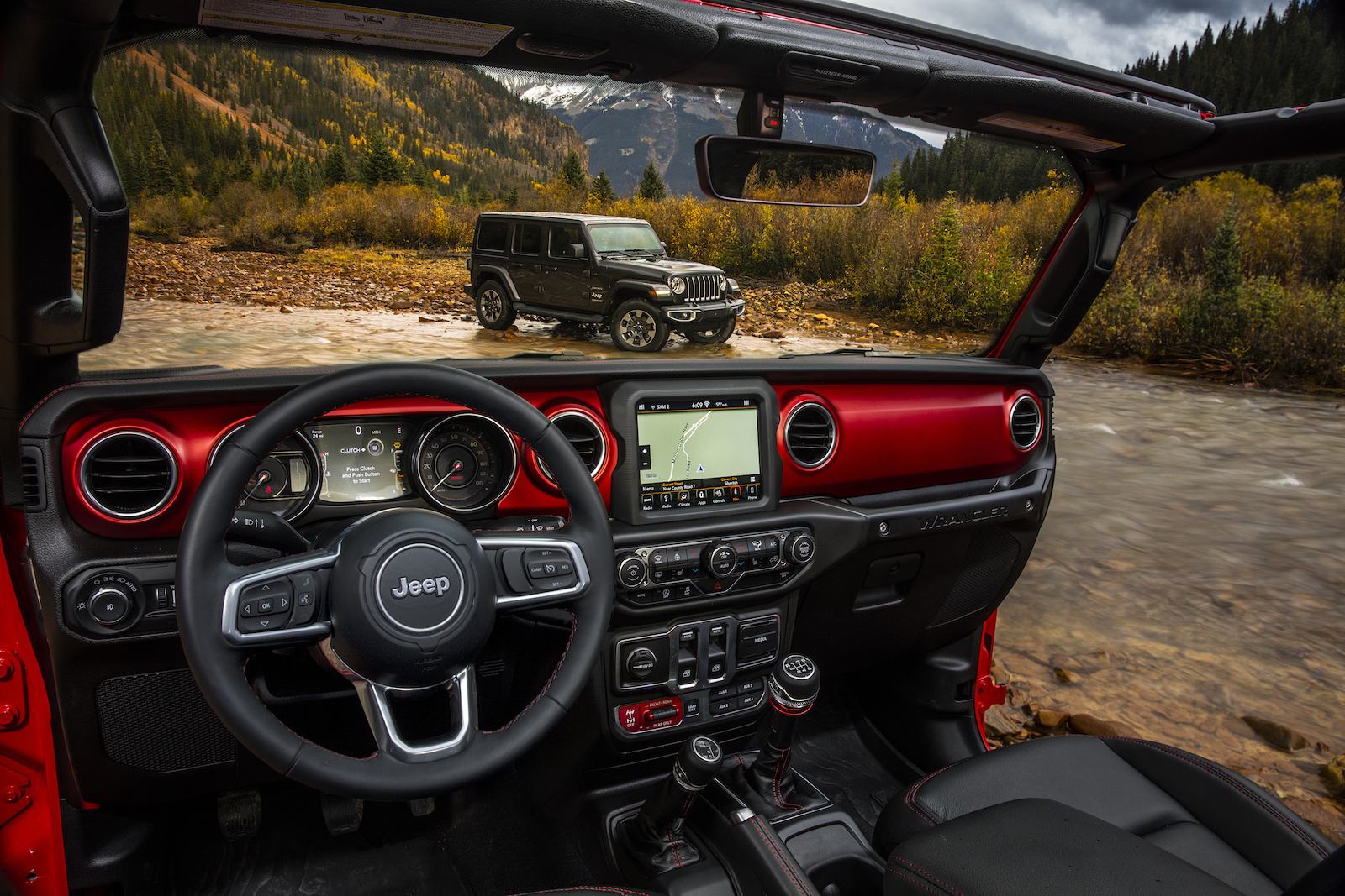 2018 jeep wrangler jl interior detailed in new photos news. Black Bedroom Furniture Sets. Home Design Ideas