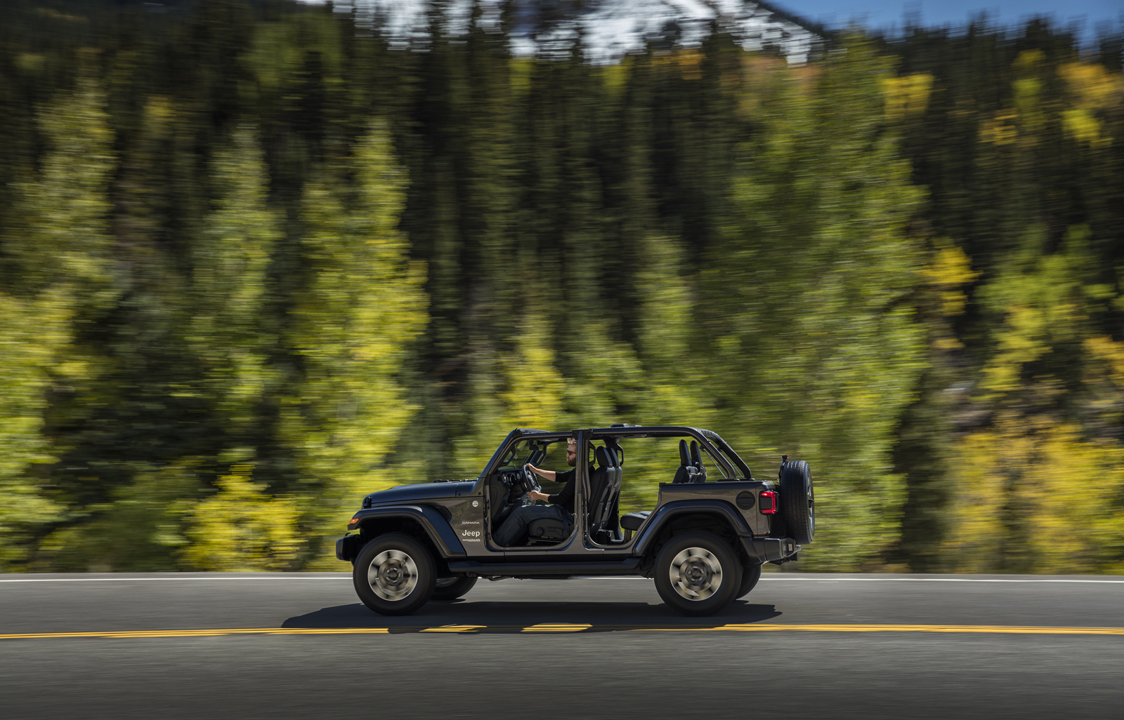 New 2018 Jeep Wrangler JL Debuts With 3 Engine Options
