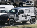 2018-jeep-wrangler-spy-photos-02
