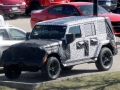 2018-jeep-wrangler-spy-photos-09