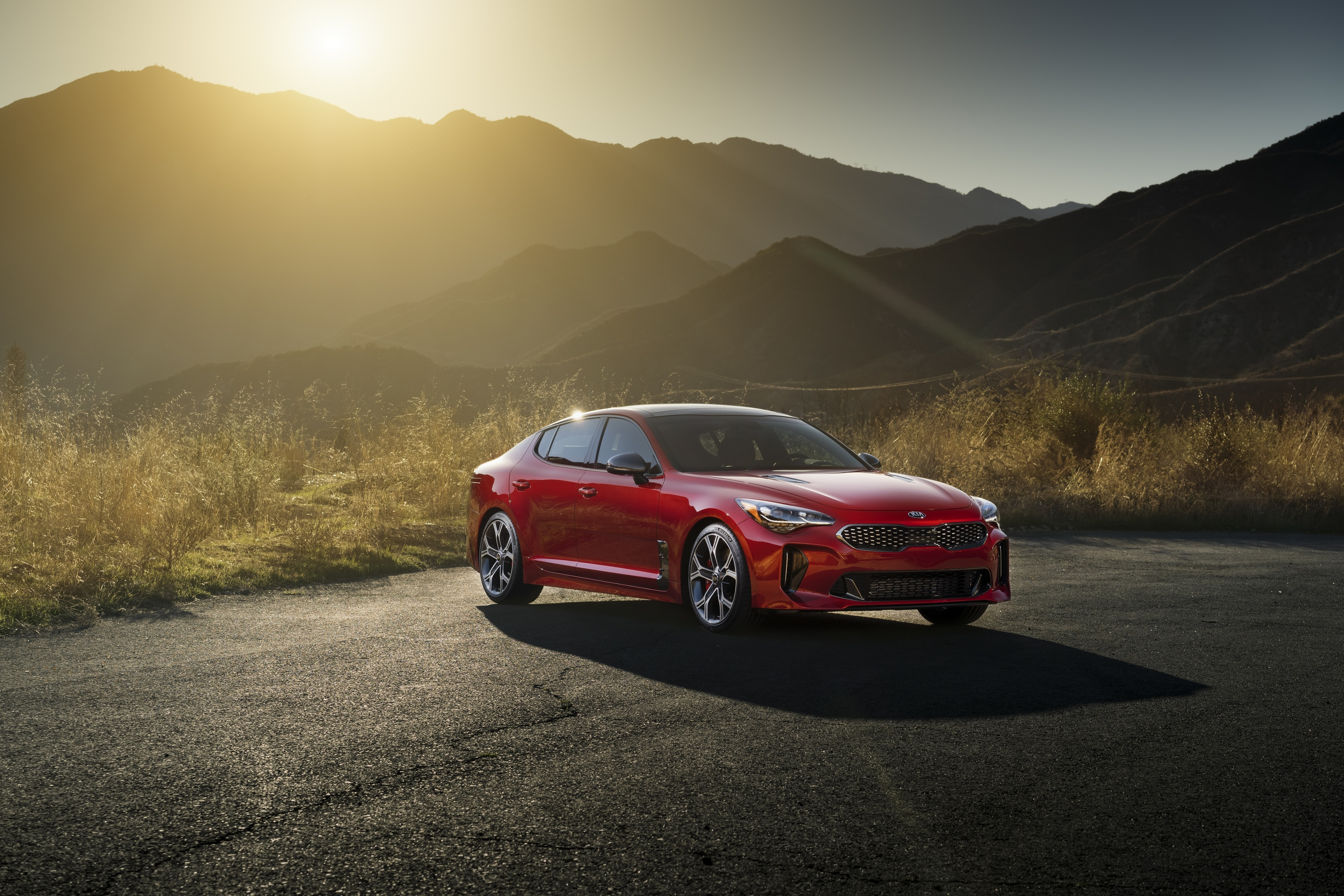 is practical sedan verge show auto cars thumb in of sports stinger sea sizzles kia vrg production detroit the a that vho car