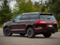 2018-Lincoln-Navigator-Rear-Three-Quarter-02