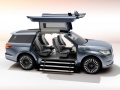 Lincoln Navigator Concept gullwing doors