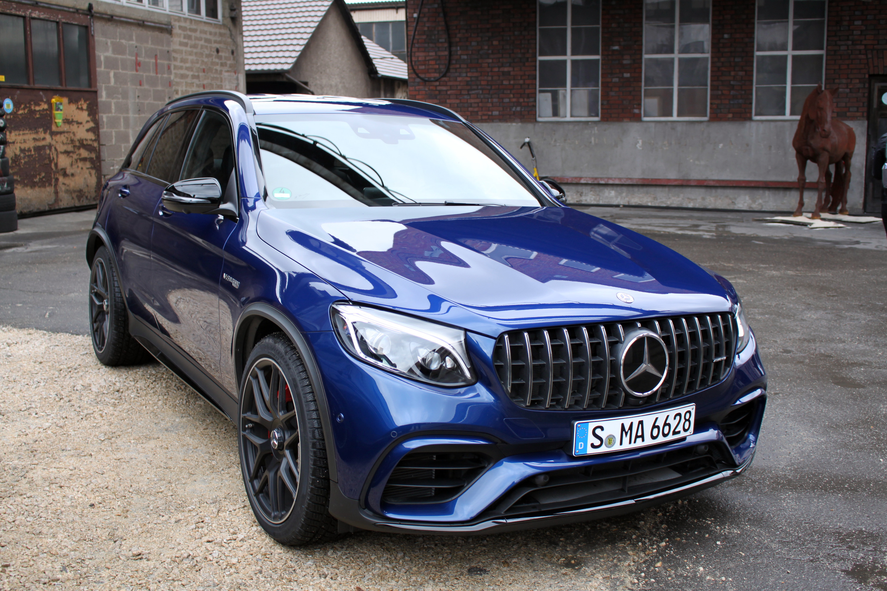 http://www.autoguide.com/blog/wp-content/gallery/2018-mercedes-amg-glc-63-s-4matic-review/2018-Mercedes-AMG-GLC-63-S-4MATIC-Review-SHA-22.JPG