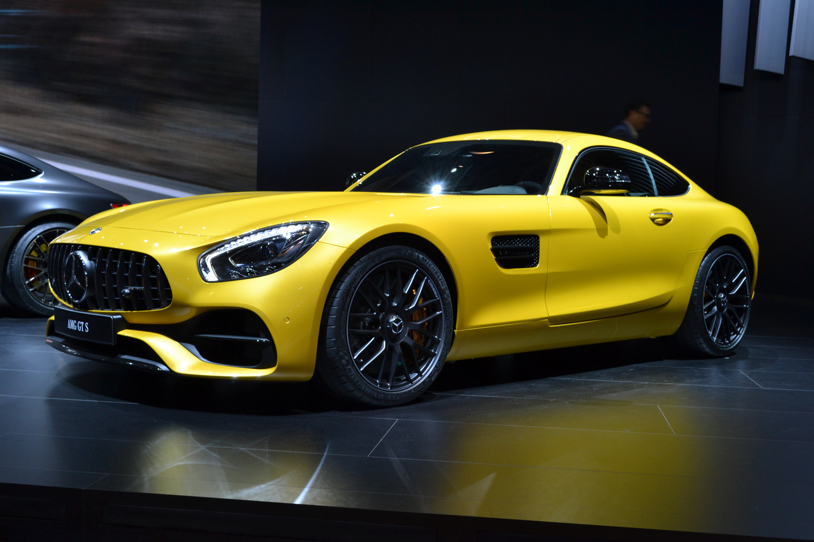 entire 2018 mercedes amg gt lineup refreshed to celebrate speed freaks news. Black Bedroom Furniture Sets. Home Design Ideas