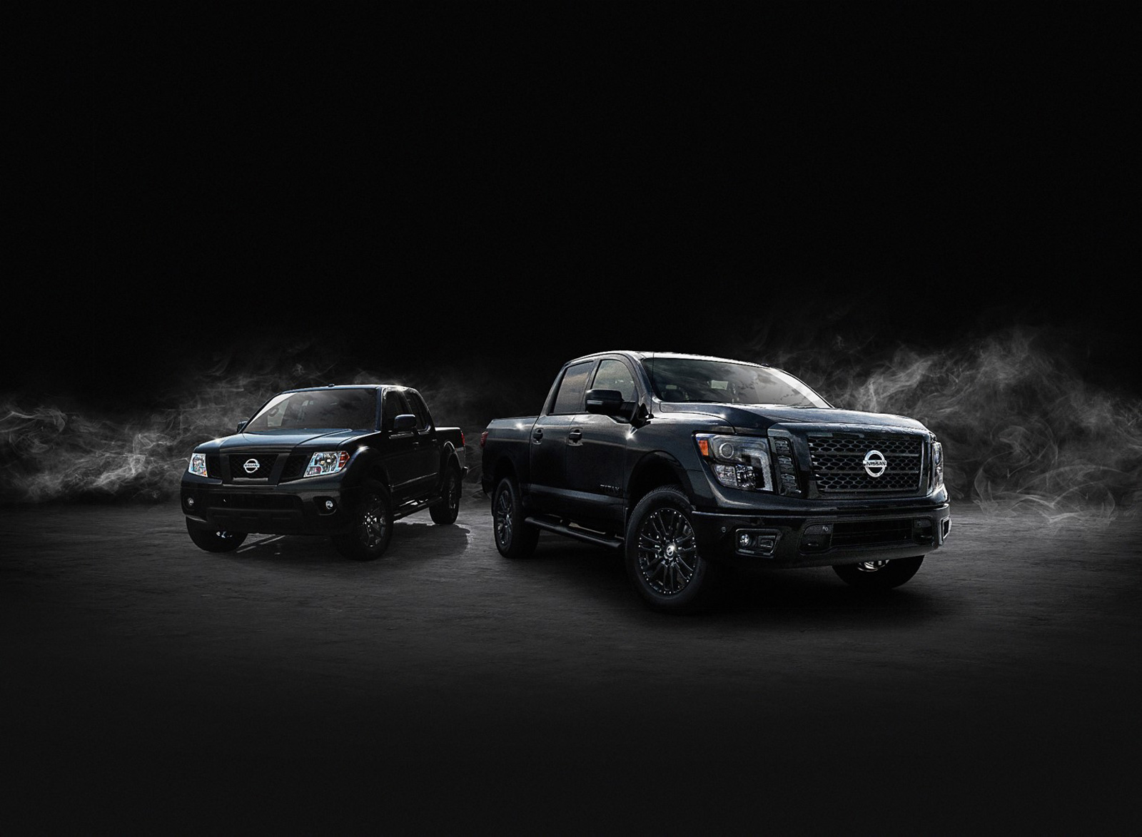 Nissan Titan and Frontier Get Midnight Editions, Look Stealthy