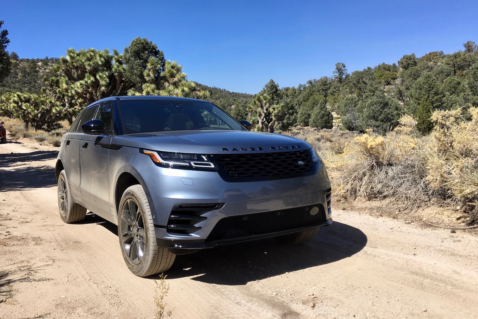 2018 land rover range rover velar first drive review news. Black Bedroom Furniture Sets. Home Design Ideas