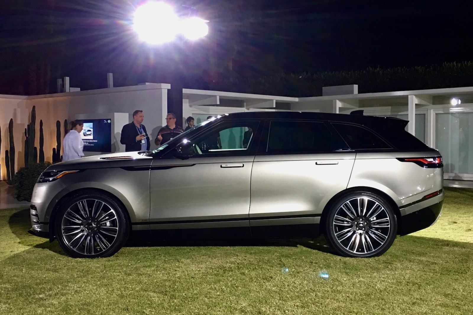 range rover velar 2017 review by car magazine autos post. Black Bedroom Furniture Sets. Home Design Ideas