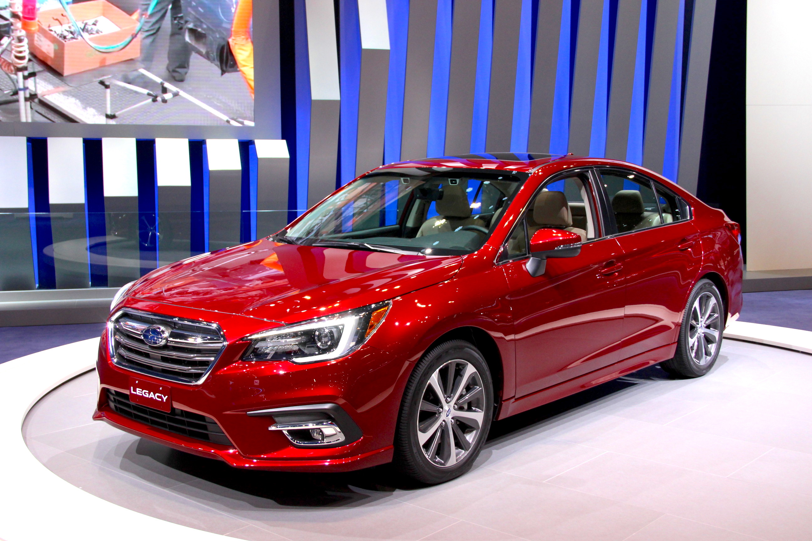 Subaru Legacy 3.6R >> Refreshed 2018 Subaru Legacy Gets a Bunch of Little Updates » AutoGuide.com News