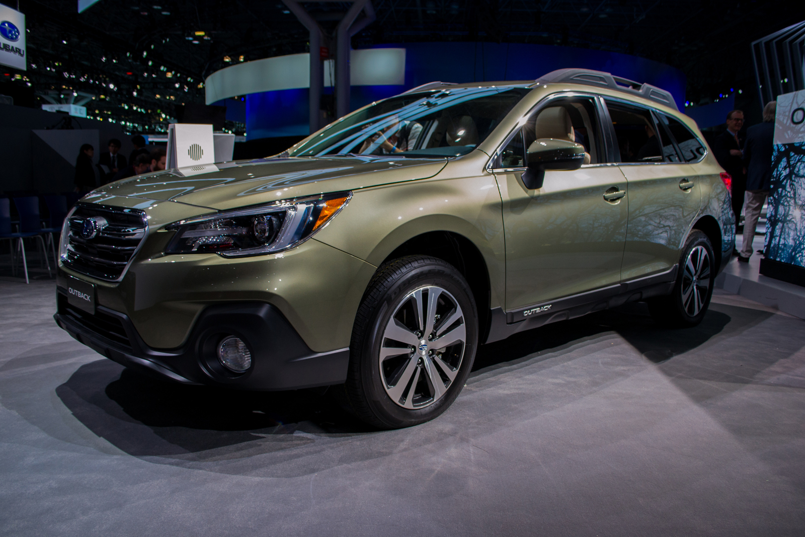 subaru outback 2018 rumors. brilliant rumors 2018subaruoutbackilika1600x1067007 intended subaru outback 2018 rumors