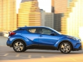 2018-Toyota-CHR-Official-Pricing002