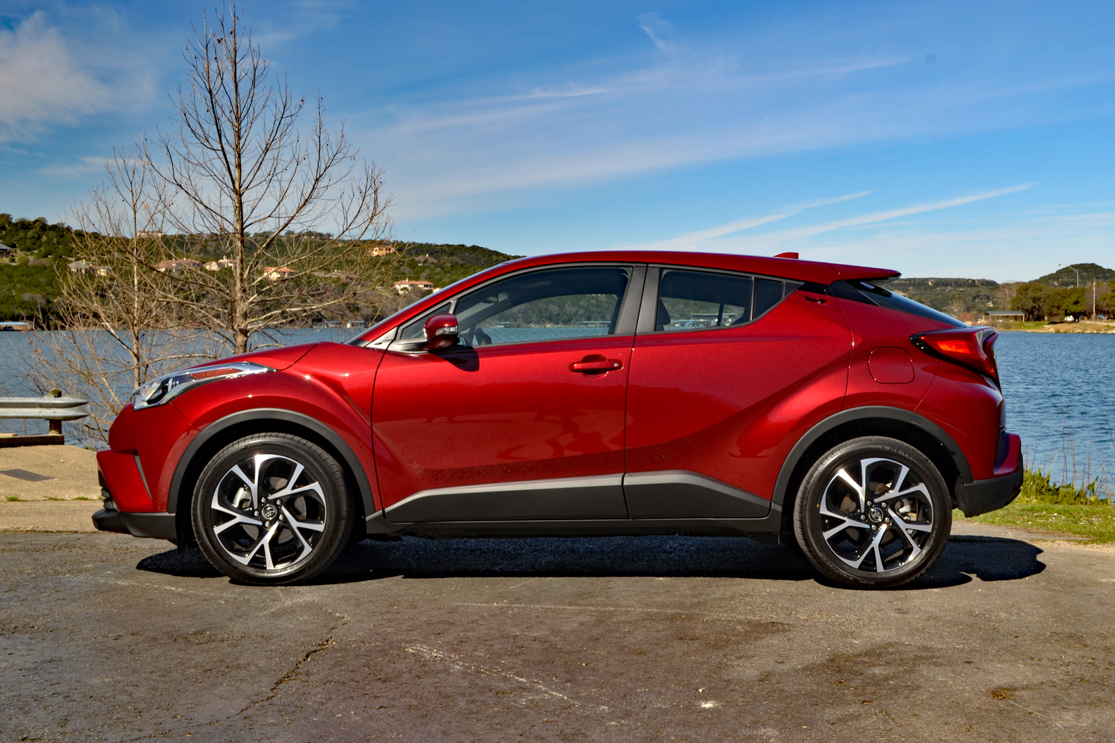 2018 toyota c-hr review - autoguide