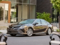 2018 Toyota Camry Hybrid Review-04