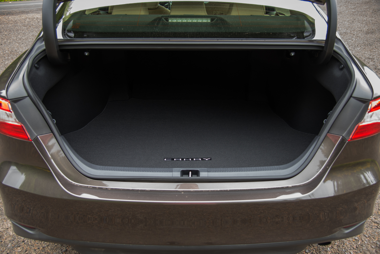 2018 Toyota Camry Le Trunk