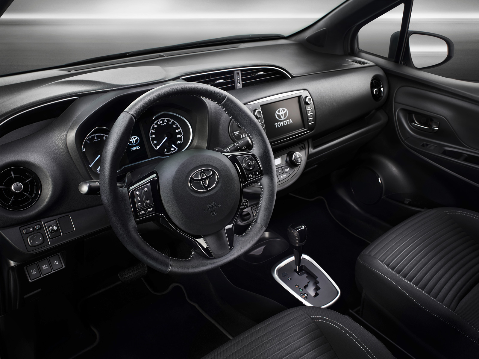 Toyota Yaris Refreshed With Sportier Styling Autoguide Com News