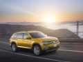 2018-Volkswagen-Atlas-Driving-01