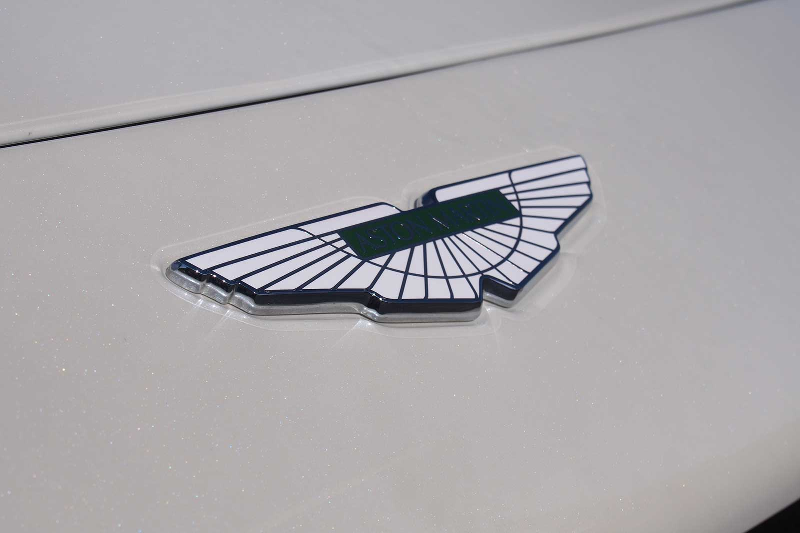Aston Martin Thinks the Vantage is Better Than the Porsche 911 ... on black aston martin logo, aston martin gucci logo, aston martin car logo, aston martin dbs logo,