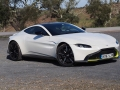 2019-Aston-Martin-Vantage-Front-Three-Quarter-01