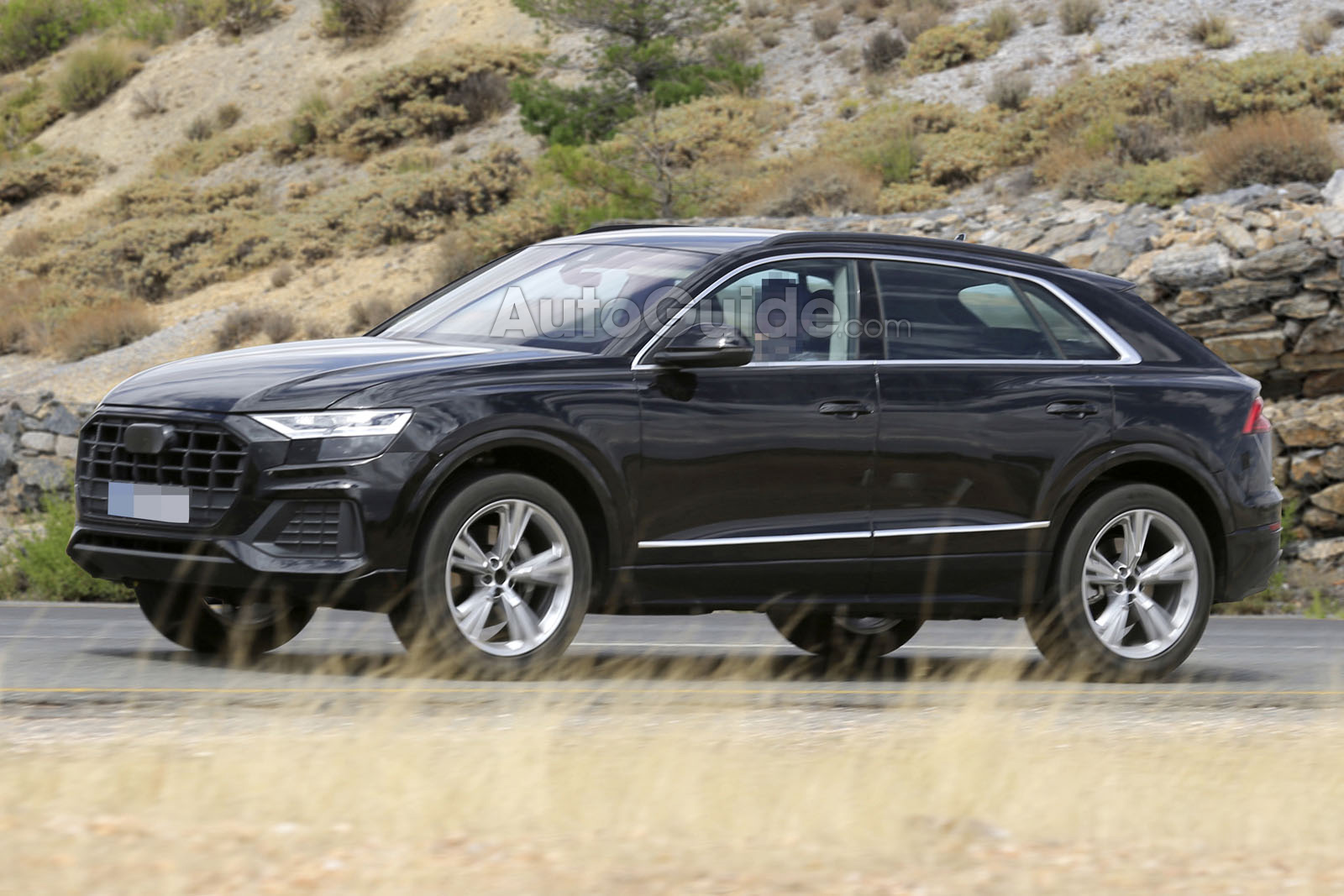2019 audi q8 spied fully exposed news. Black Bedroom Furniture Sets. Home Design Ideas