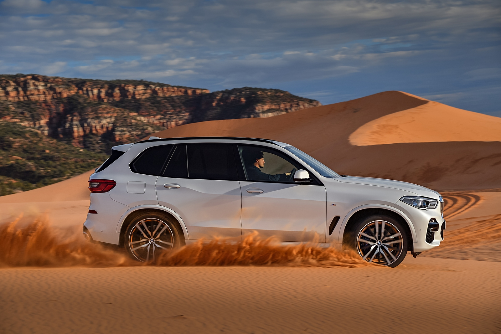 all new 2019 bmw x5 goes on sale in november news. Black Bedroom Furniture Sets. Home Design Ideas