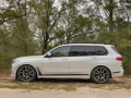 2019-BMW-X7-review-photo-Benjamin-Hunting-AutoGuide00008