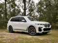 2019-BMW-X7-review-photo-Benjamin-Hunting-AutoGuide00009