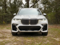 2019-BMW-X7-review-photo-Benjamin-Hunting-AutoGuide00010