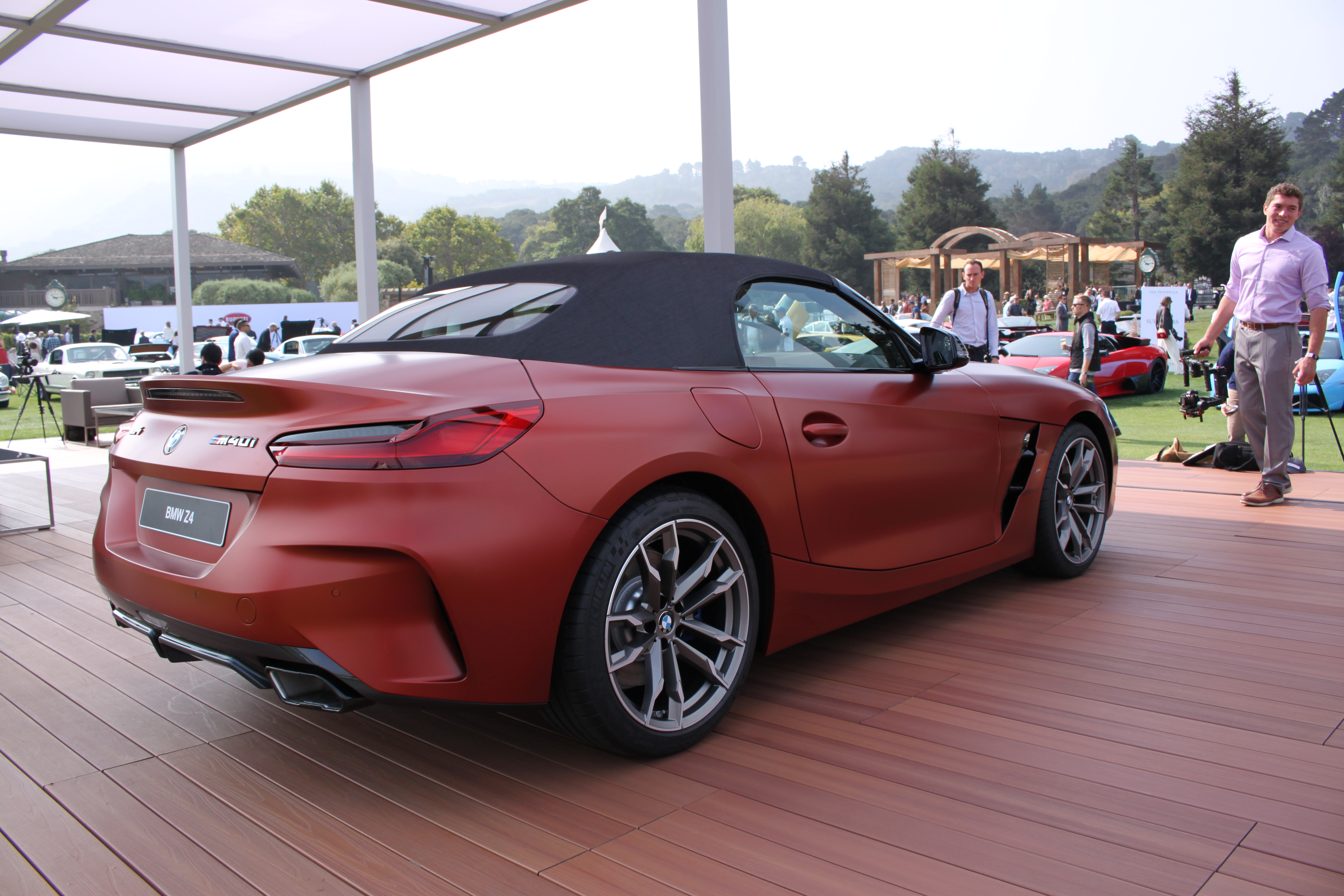 All New Bmw Z4 Roadster Makes Official Debut Autoguidecom News