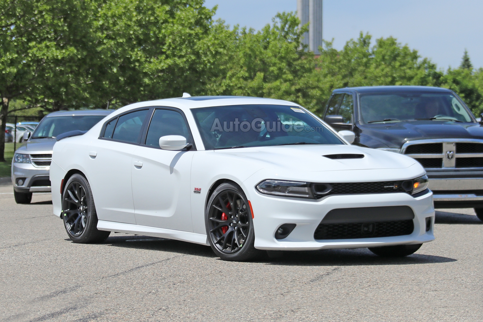Michelin Tires Reviews >> 2019 Dodge Charger Scat Pack Revealed in New Spy Photos » AutoGuide.com News