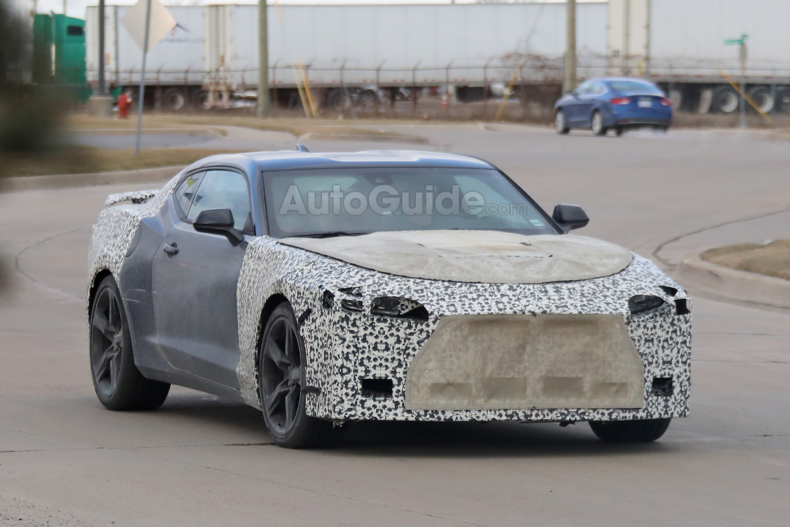 2019 Chevrolet Camaro Spied Testing Facelift and 6-Speed Manual ...