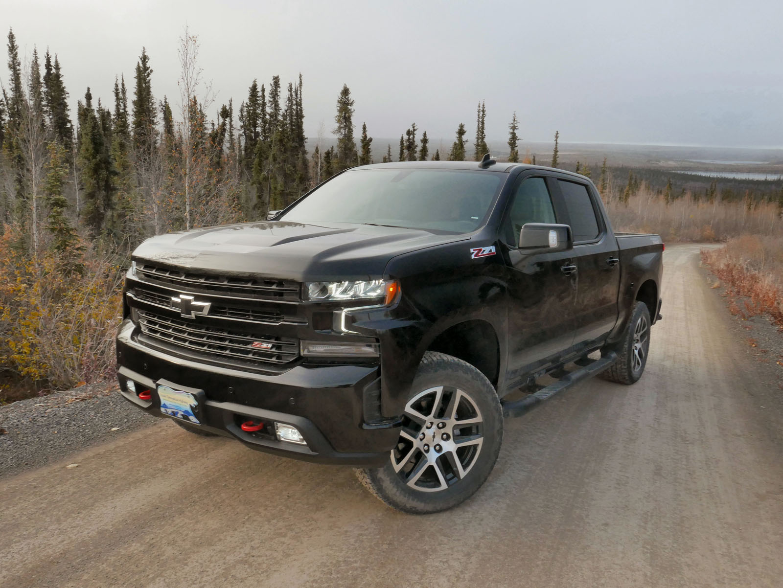 2019 chevrolet silverado reviewed in the arctic. Black Bedroom Furniture Sets. Home Design Ideas