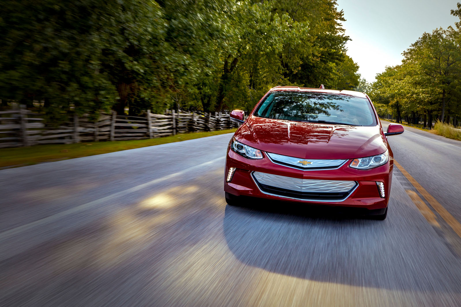 2019 Chevrolet Volt Review 08