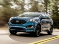 2019-Ford-Edge-ST-Driving-02