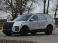 2019-ford-explorer-prototype-spy-photos-04