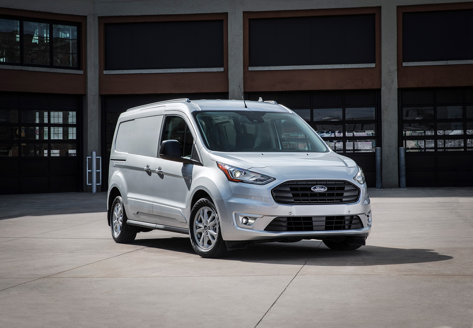 864547d978 2019 Ford Transit Connect Cargo Van Adds Diesel Engine to Lineup ...