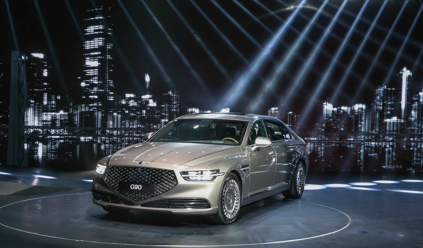 2019 Genesis G90 Gets A Radical Restyling 187 Autoguide Com News