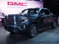 2019-GMG-Sierra-Front-Three-Quarter-09