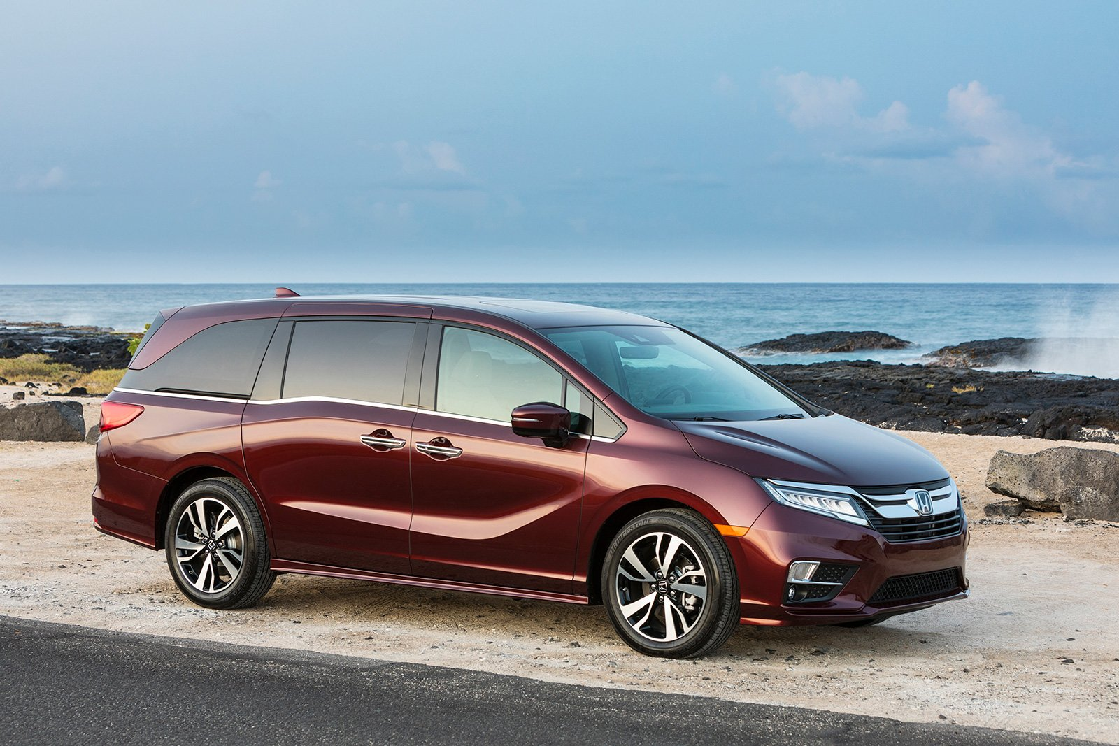 2019 Honda Odyssey Now On Sale In The US AutoGuide News