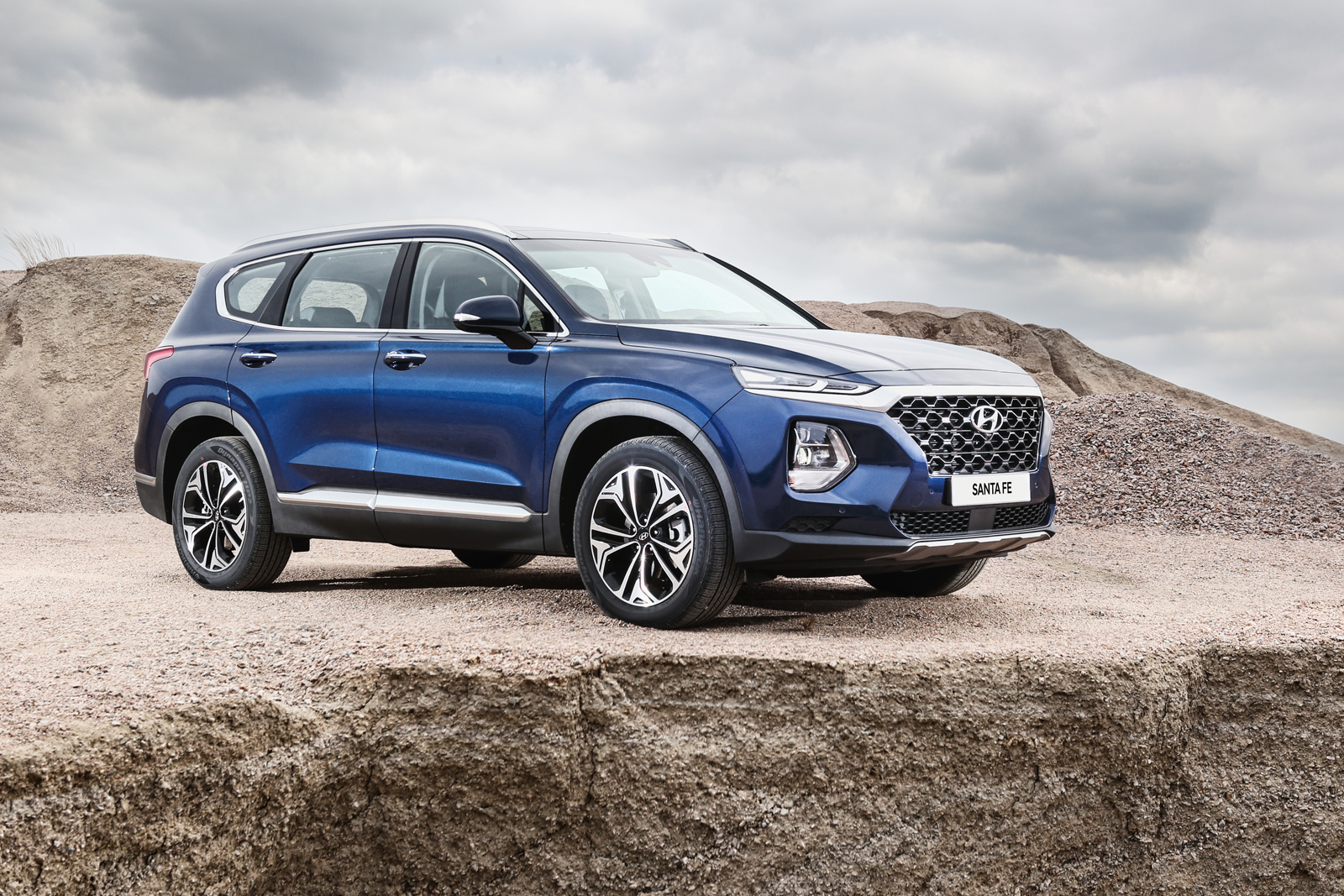 The Fourth Generation, 2019 Hyundai Santa Fe Crossover Has Been Presented  In South Korea. The Santa Fe Is An Important Product For Hyundai In North  America.