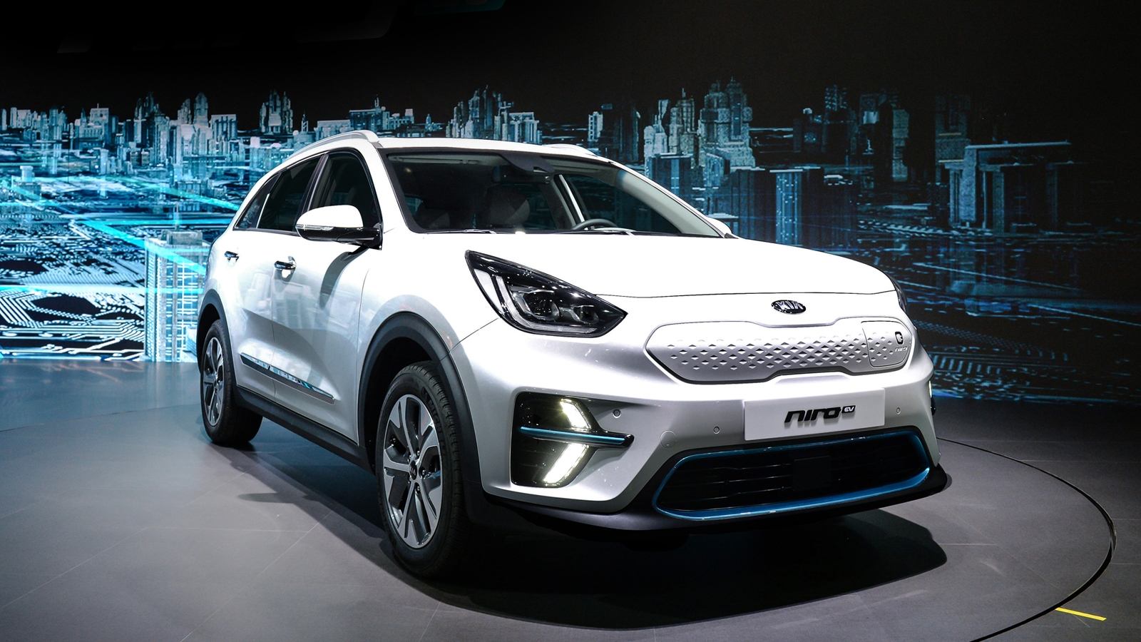 production kia niro ev shown in busan news. Black Bedroom Furniture Sets. Home Design Ideas