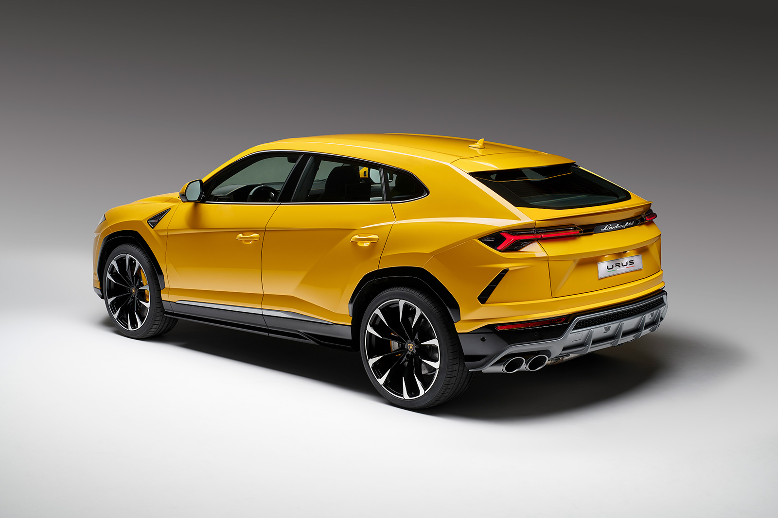 Lamborghini Urus Debuts as the Fastest SUV in the World » AutoGuide