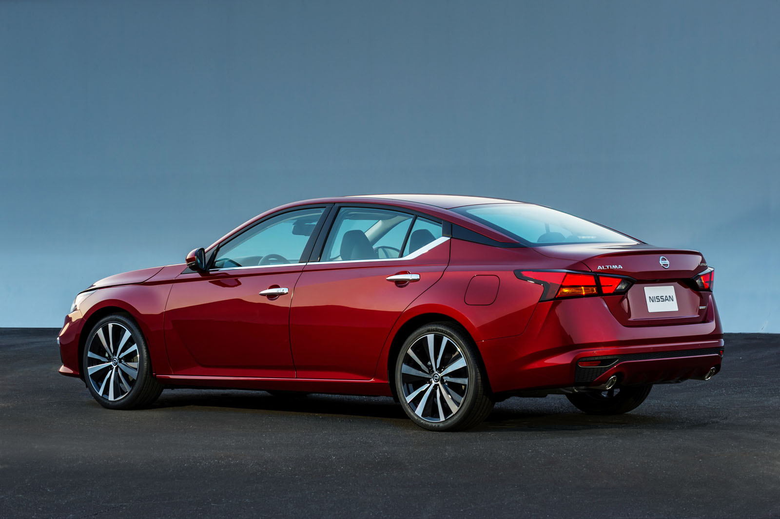 2019 Nissan Altima Gets AWD, Variable Compression Turbo Engine ...