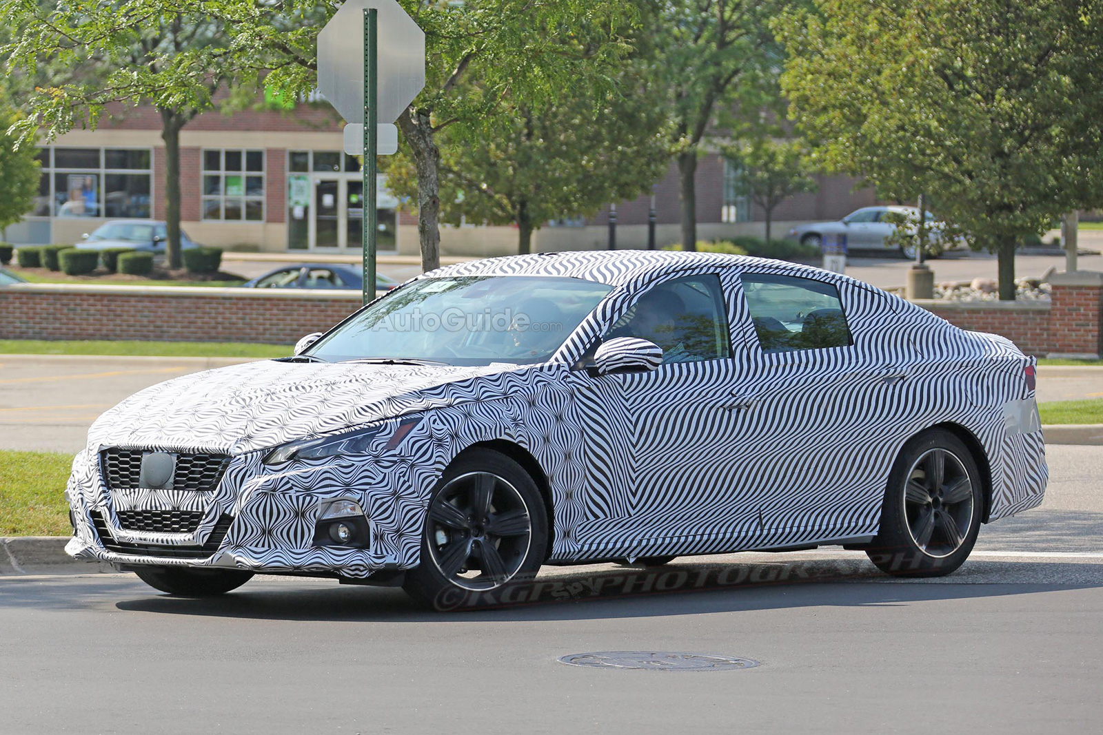 2019 Nissan Altima S New Look Revealed In Spy Photos Autoguide
